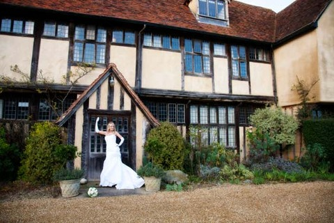 wedding in dove barn in essex